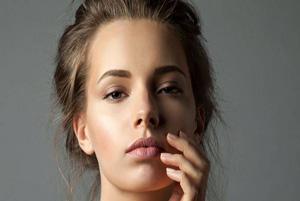 بی خوابی و خستگی چه تاثیری روی پوست شما می گذارد؟!