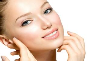 پنج خوراکی مفید برای داشتن پوست درخشان و روشن!