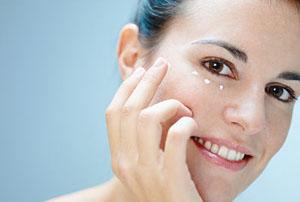 چگونه میتوانید پوستی جوان و نرم و صاف تر داشته باشید!