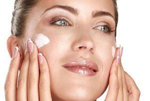 تنها روش مناسب برای درمان خشکی پوست!